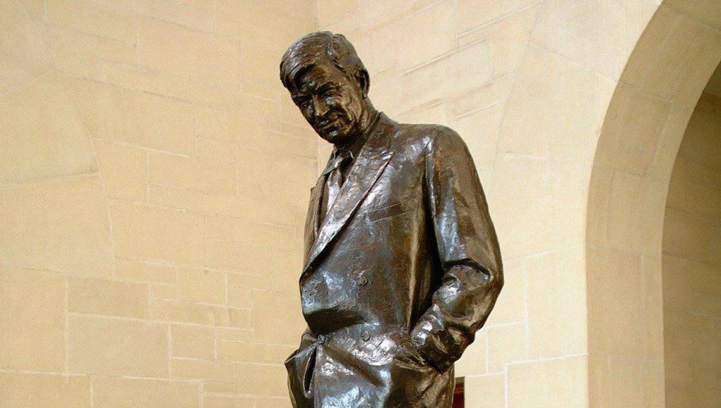Will Rogers statue by Jo Davidson. Courtesy Will Rogers Memorial Museums.