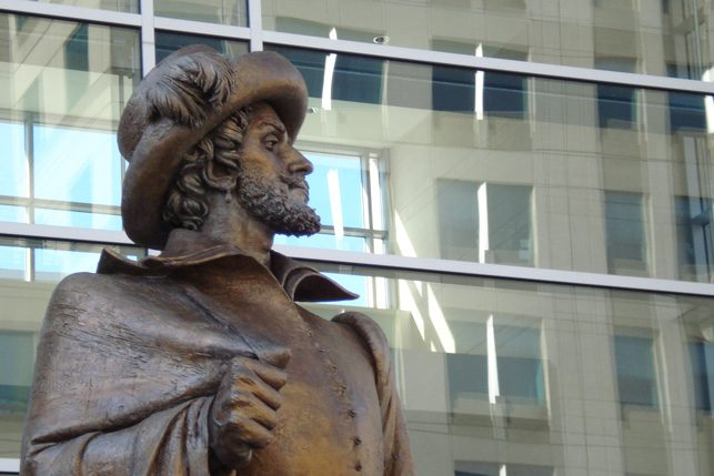 A statue of Sir Walter Raleigh stands outside the convention center.
