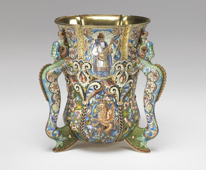 Fedor Rückert (Russian, 1840–1917). Loving Cup, 1899–1908. Virginia Museum of Fine Arts, Richmond. Jerome and Rita Gans Collection of Silver. Photo: Travis Fullerton. © Virginia Museum of Fine Arts.
