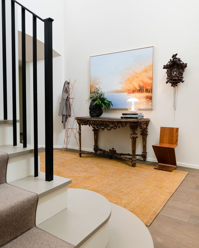 The 4,500-square-foot home features a spacious entry foyer. Photo by Darshan Phillips
