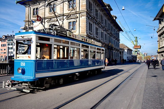Trolley tours take tourists past many popular tourist destinations. Photo Roman Babakin / Shutterstock.com